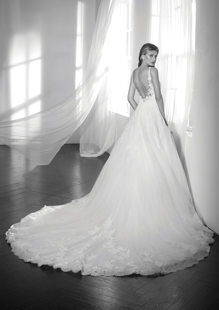 Elody-bride-wedding-dress-shop-northern-ireland-7.jpg