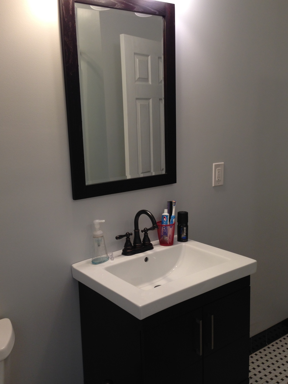 loucks#2bathroom2.jpg