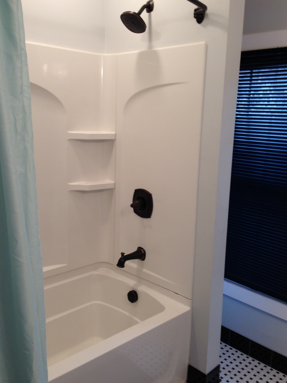 loucks#2bathroom3.jpg