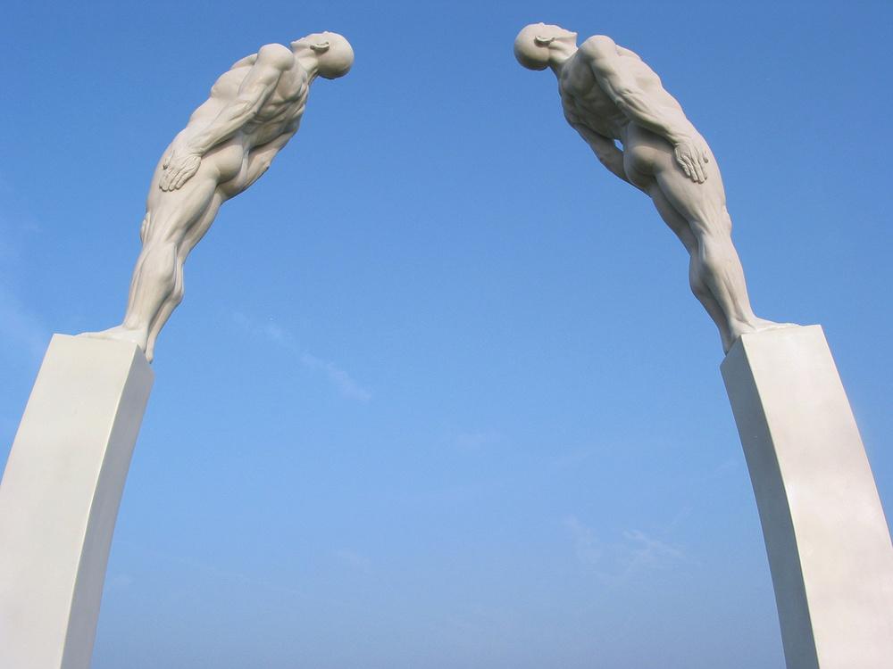 Pont de Lune. Pierre Diamantopoulo. Copyright.IMG_7981.jpg