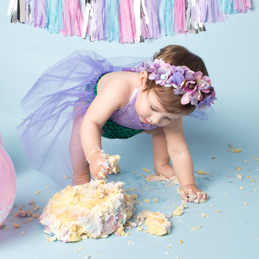 Karen Kimmins Photography now offering Cake smash sessions..jpg