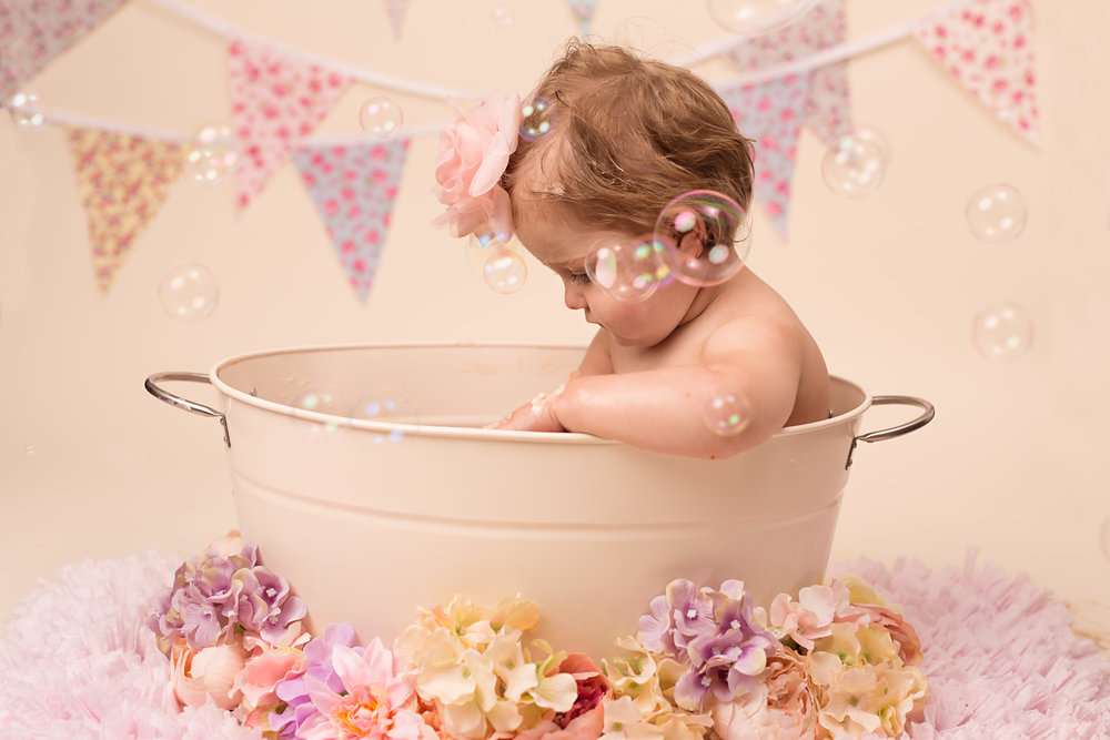 Cake smash and splash sessions- Taunton, Wellington, Bridgwater, Somerset.jpg