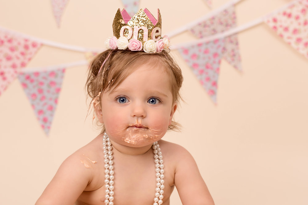 Cake smash and spalsh photography - Karen Kimmins..jpg