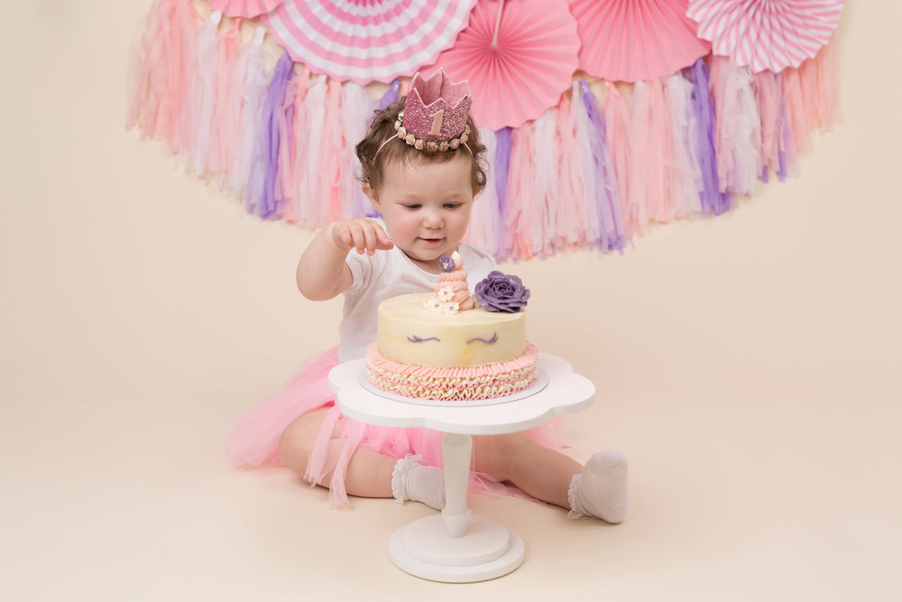 Karen Kimmins Photography. Cake smash sessions. _01.jpg