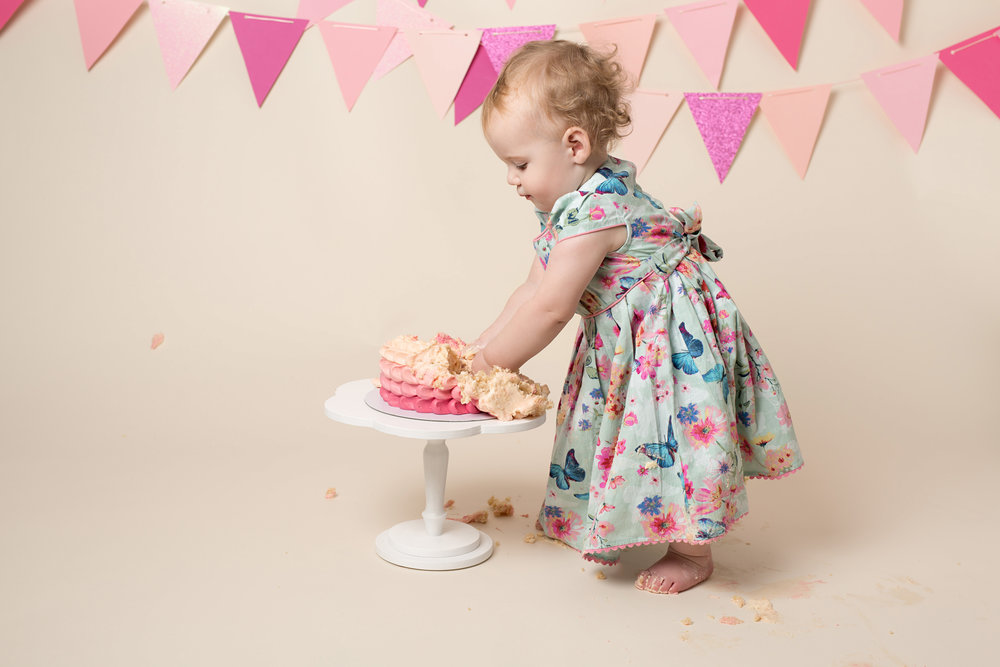 Karen Kimmins Photography - cake smash sessions .jpg