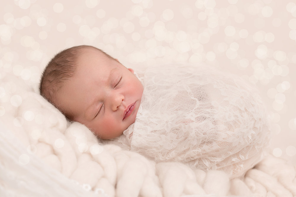 Newborn photographer, Taunton, wellington, Somerset..jpg