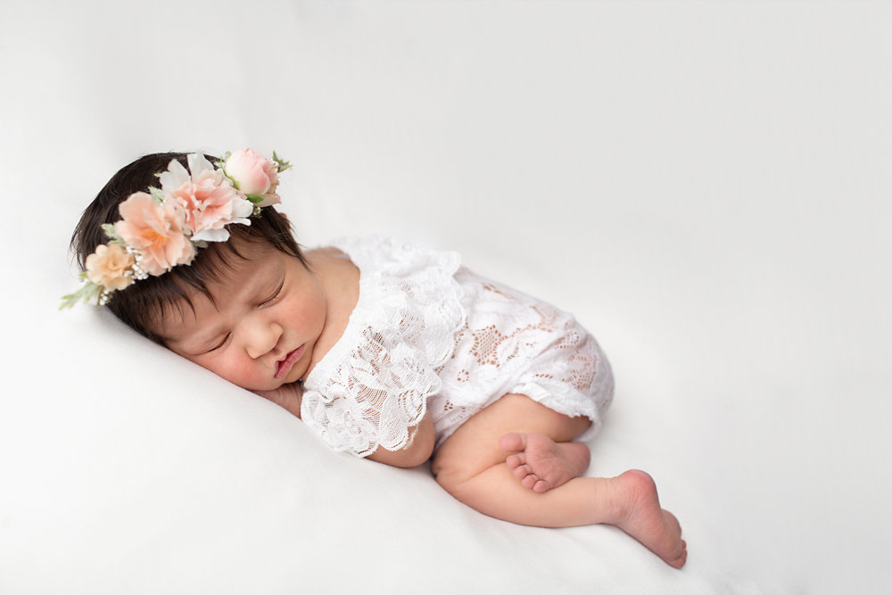 Newborn Photographer- Karen Kimmins.jpg