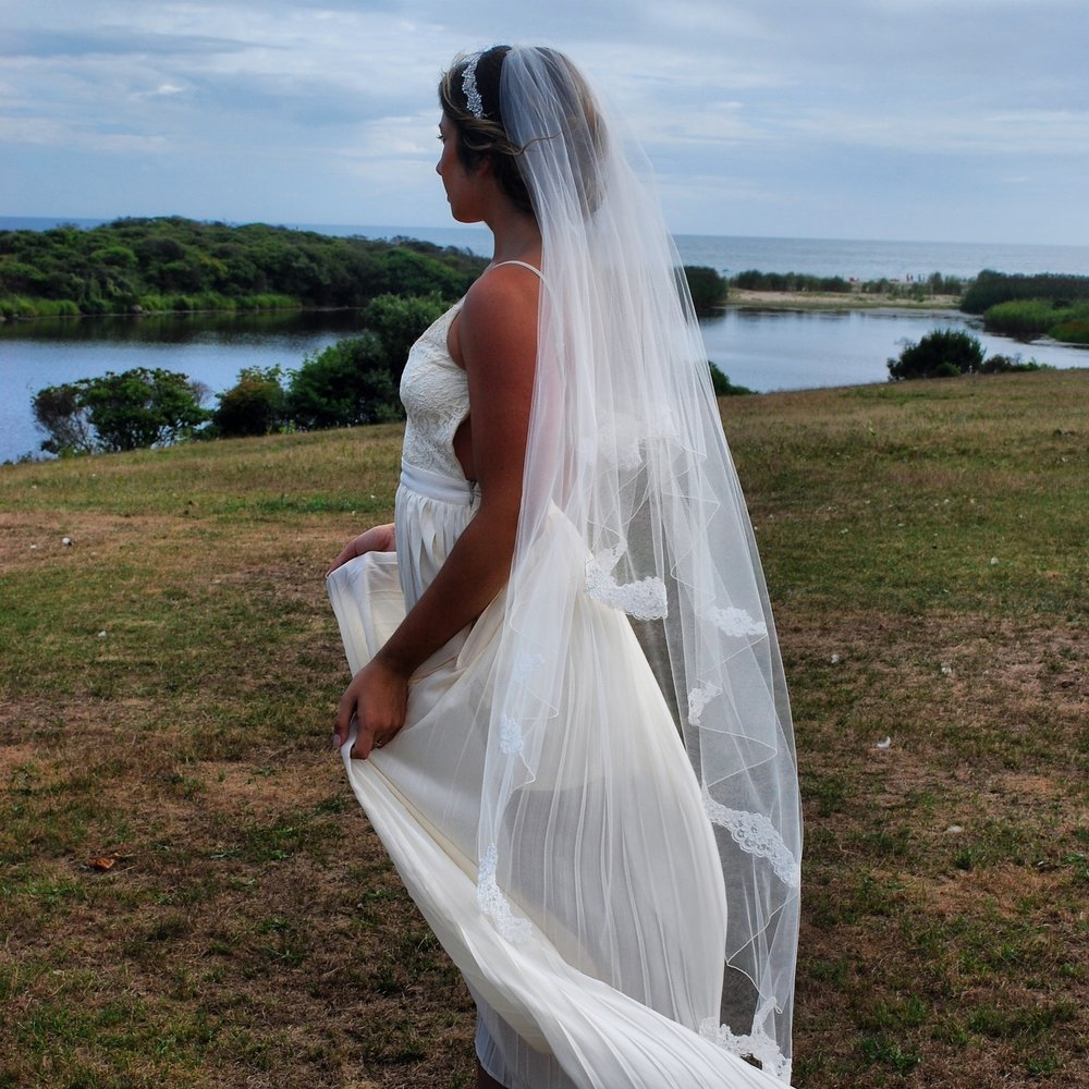 """DeMare"" Bridal Veil"