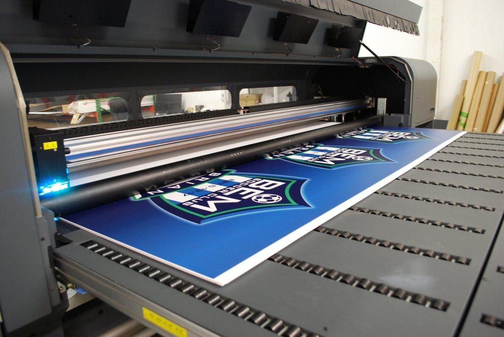 Bombshell Graphics specializes in wide format printing services and design.