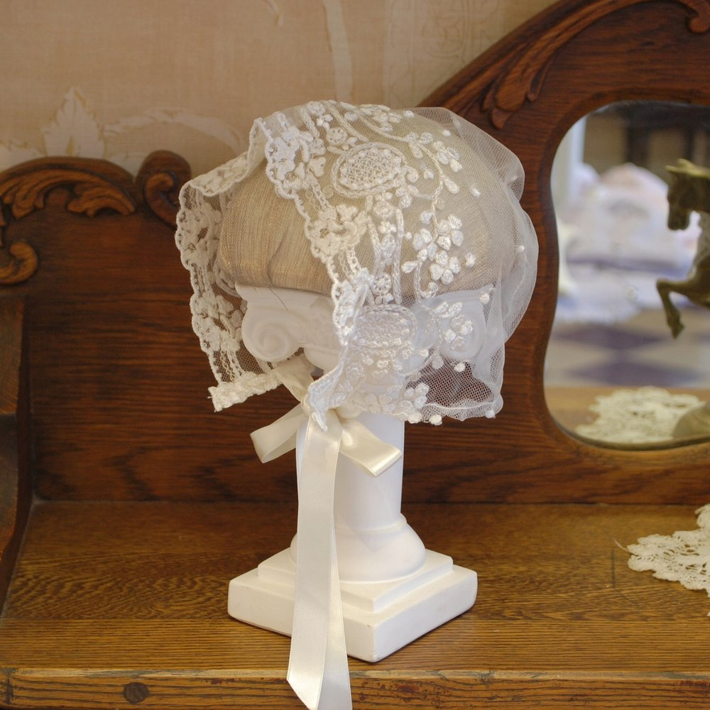 Legacy Embroidered Lace Bonnet by Isabel Garreton