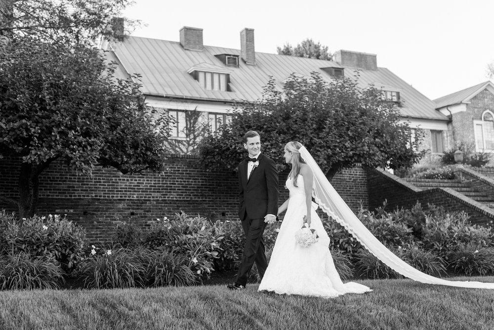 lace-bridal-veil-hamilton-farms-golf-club.jpg