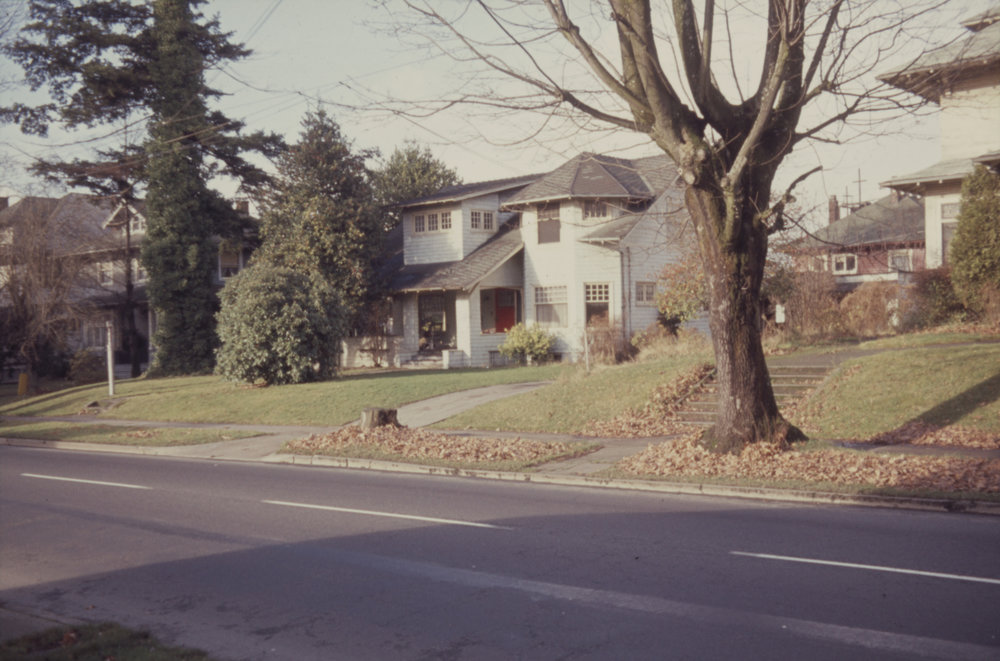 City of Portland (OR) Archives, North side of NE Weidler near 21  st   looking northwest (ZC 4578). A2011-013, 1964.