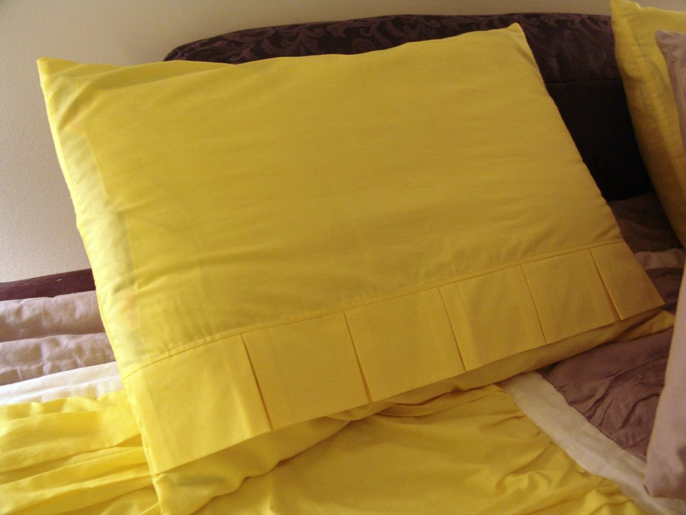 purses and pillows 008.JPG