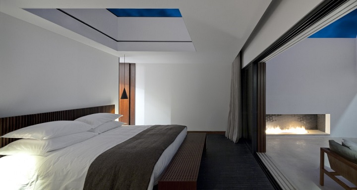http://portugalconfidential.com/land-vineyards-hotel-sky-suites-sleep-under-the-alentejo-stars/