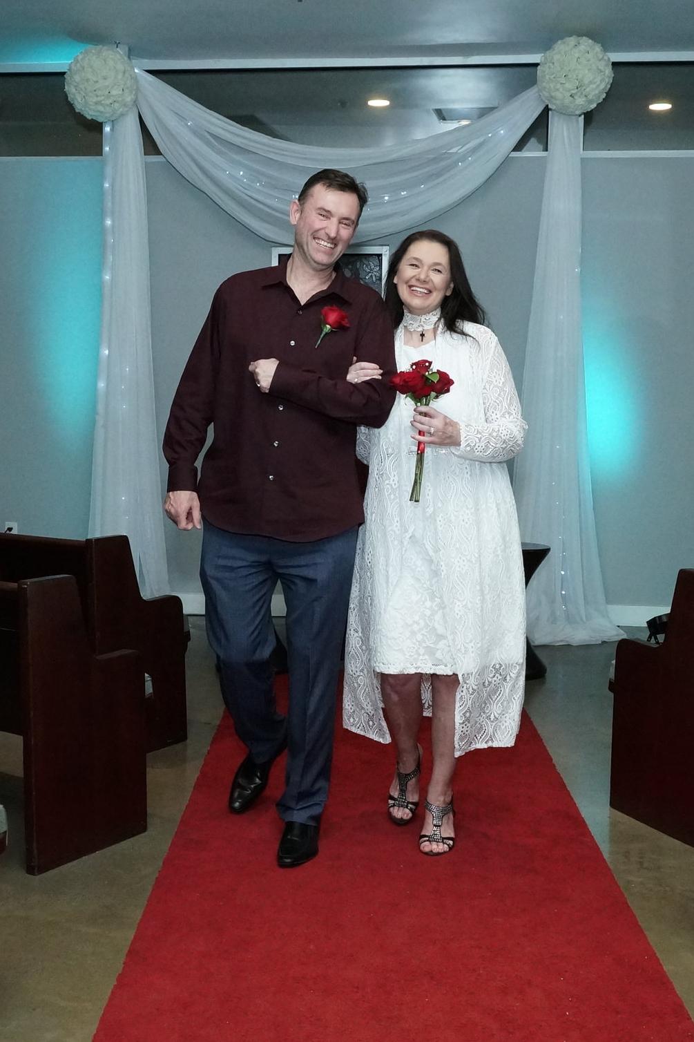 Las Vegas Wedding And Vow Renewal Ceremonies A Wedding Chapel In