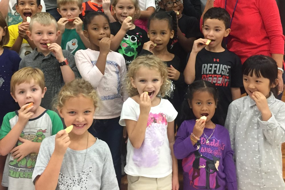 """As part of the Farm to School Week celebration, school children and families around the Commonwealth are invited to """"crunch"""" into a Virginia Grown apple for """"The Crunch Heard 'Round the Commonwealth"""" at 10 a.m. on Tuesday, Oct. 4. Photo courtesy of VDACS."""