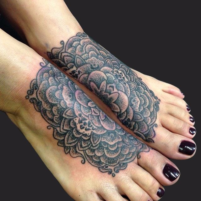 Flower-Pattern-Tattoo-cmp.jpg