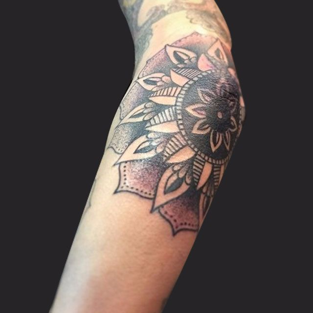 Flower-Tattoo-cmp.jpg