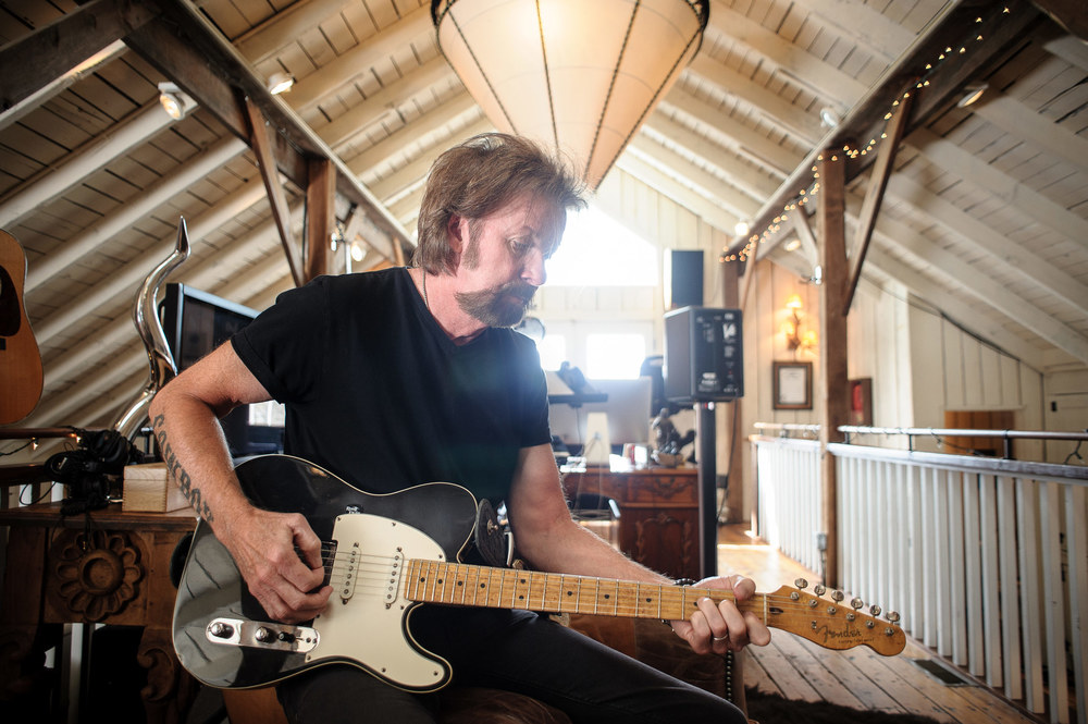 Ronnie Dunn in his Home Studio