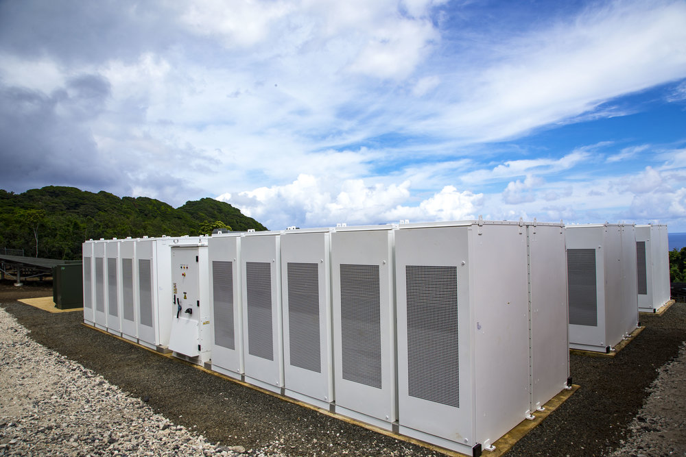 Image courtesy of Tesla showing their large battery array