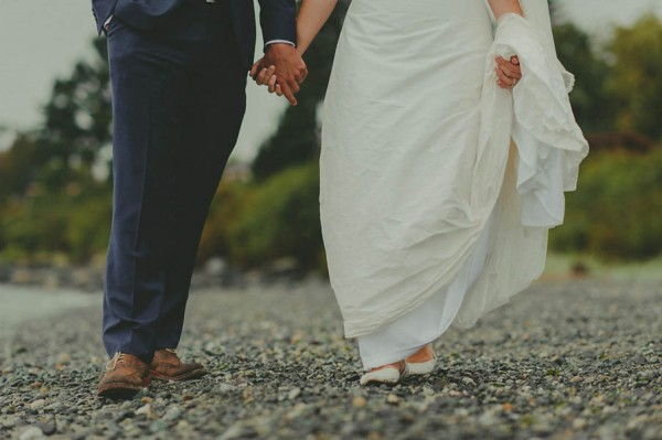 Sentimental-Vancouver-Island-Wedding-at-The-Dolphins-Resort-Jennifer-Armstrong-Photography-10-600x399.jpg