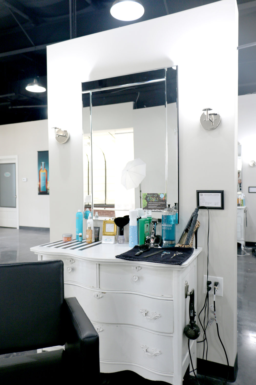 LK Salon CV (15).JPG