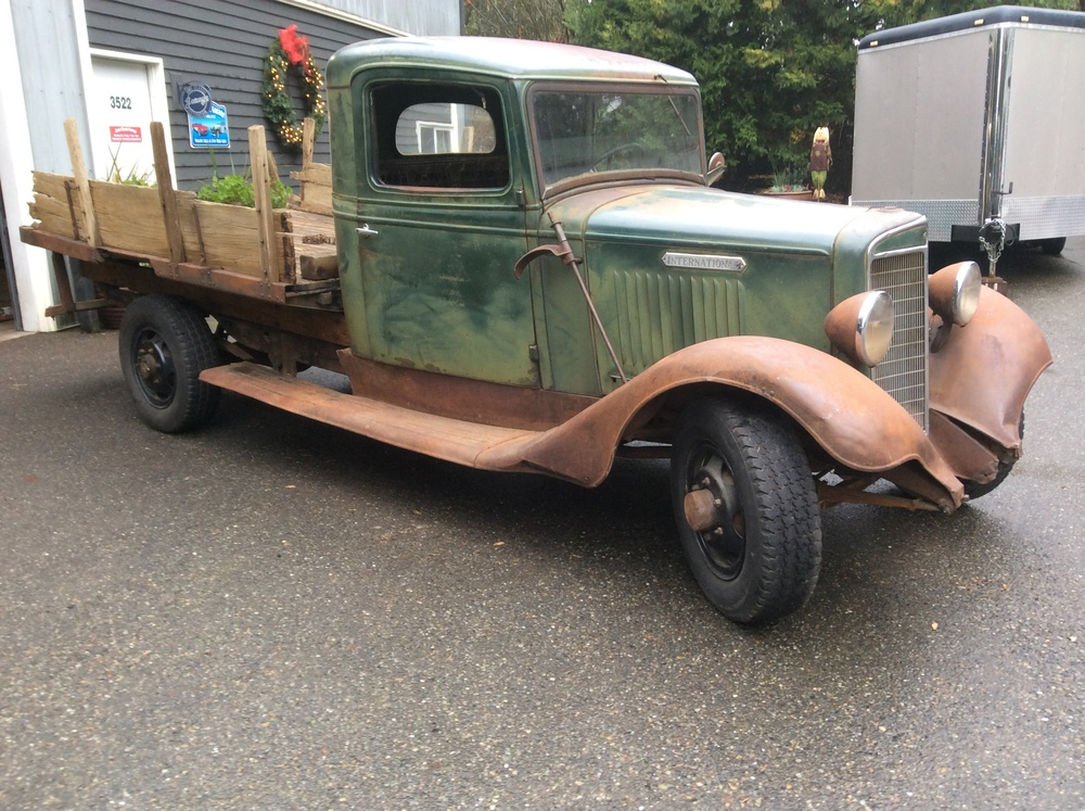 "1936 International 1 1/2 Ton<div class=""sold"">sold</div>"