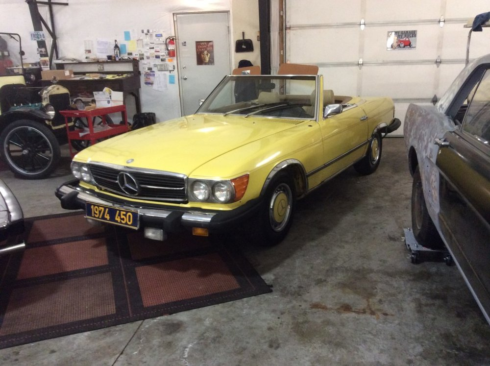 "1974 Mercedes Benz 450<div class=""sold"">SOLD</div>"