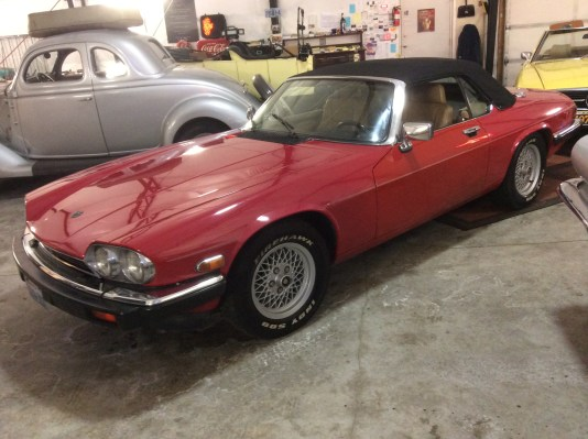 "1989 Jaguar XJS<div class=""sold"">SOLD</div>"