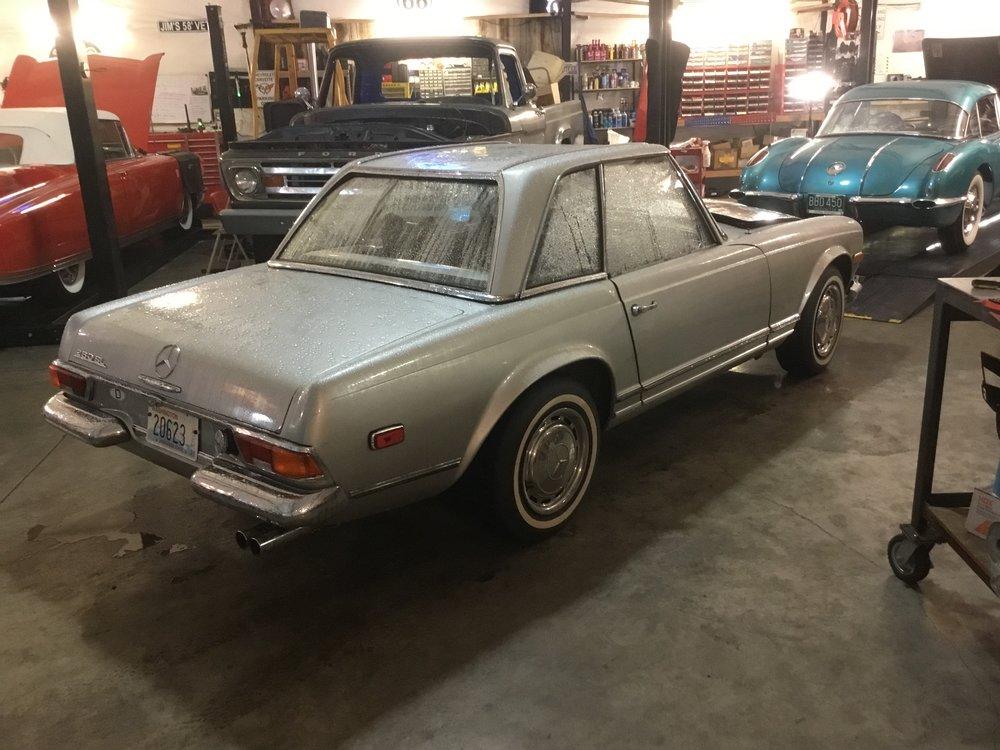 """1969 Mercedes 280SL<div class=""""IN PROCESS"""">In Process</div>"""