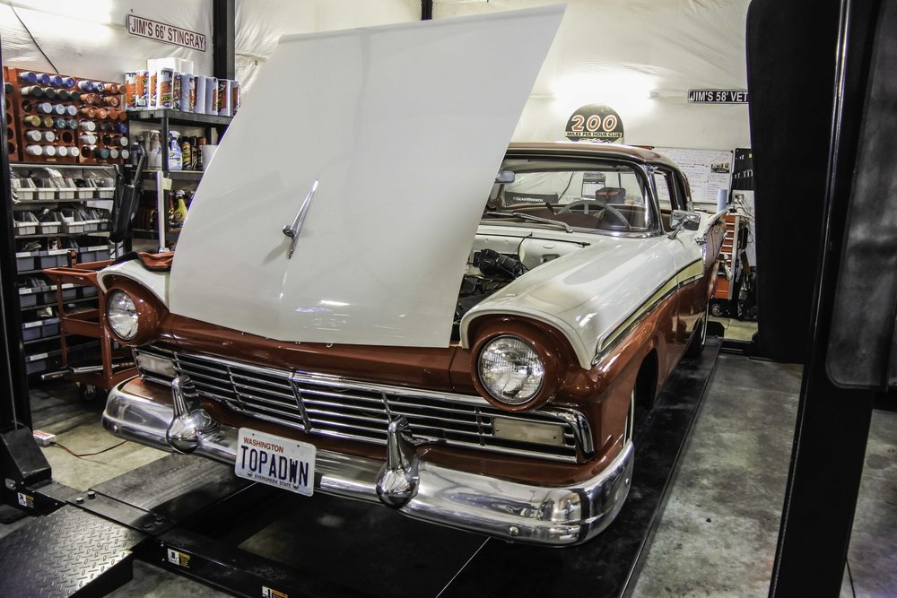 "1957 Ford Fairlane 500 Skyliner<div class=""sold"">SOLD</div>"