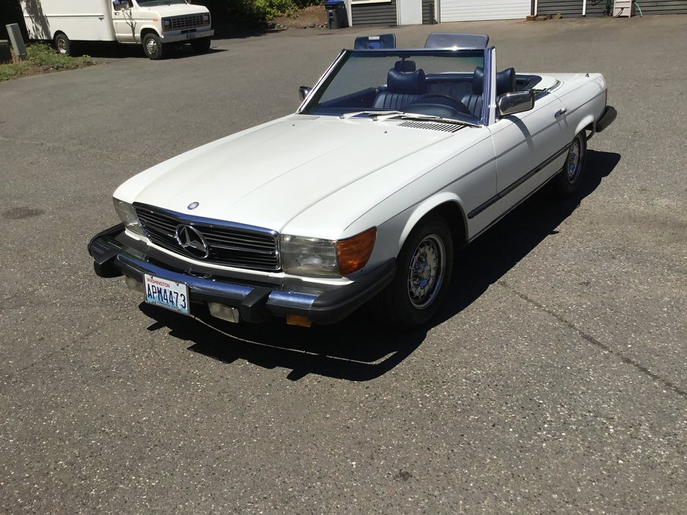 "1979 Mercedes Benz<div class=""sold"">sold</div>"