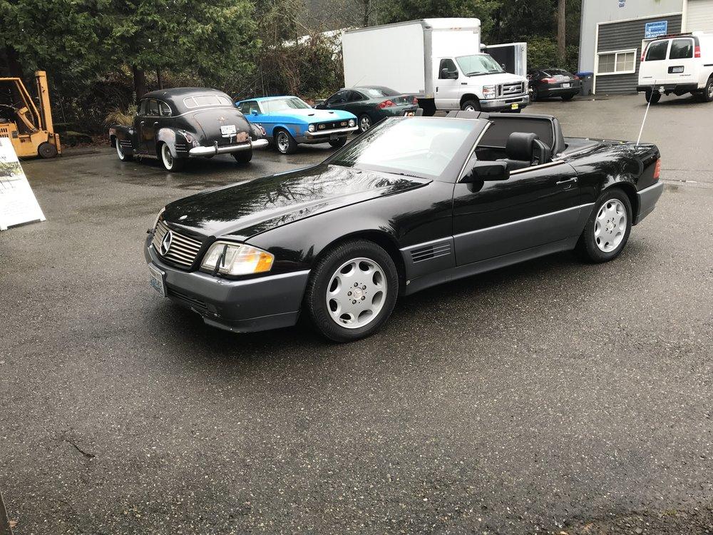 "1995 Mercedes 400SL<div class=""sold"">SOLD</div>"
