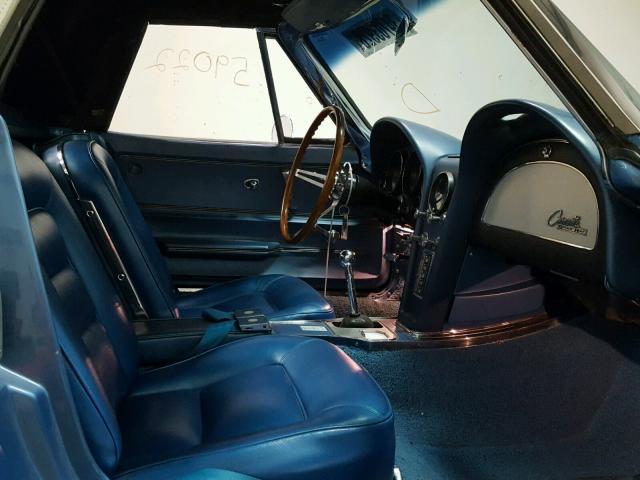1965_chevy_corvette (9).jpg
