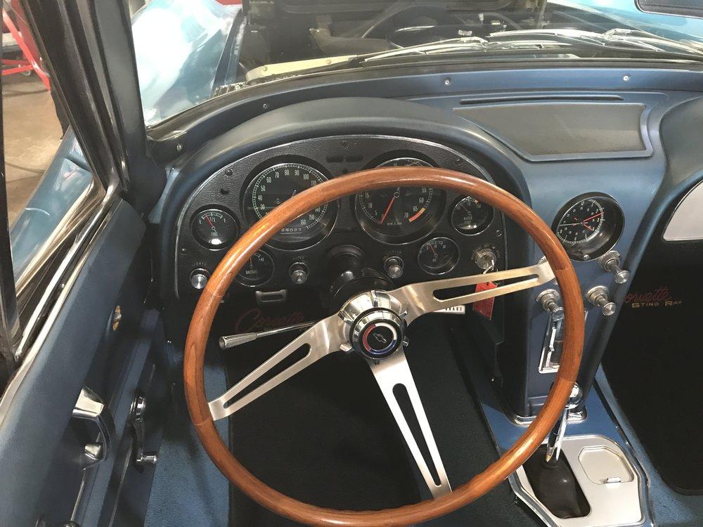 1965_chevy_corvette (38).JPG