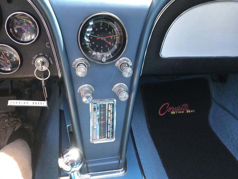 1965_chevy_corvette (41).JPG