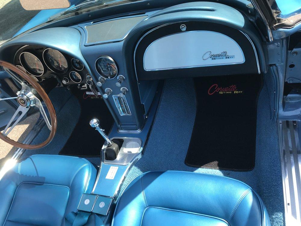 1965_chevy_corvette (68).JPG