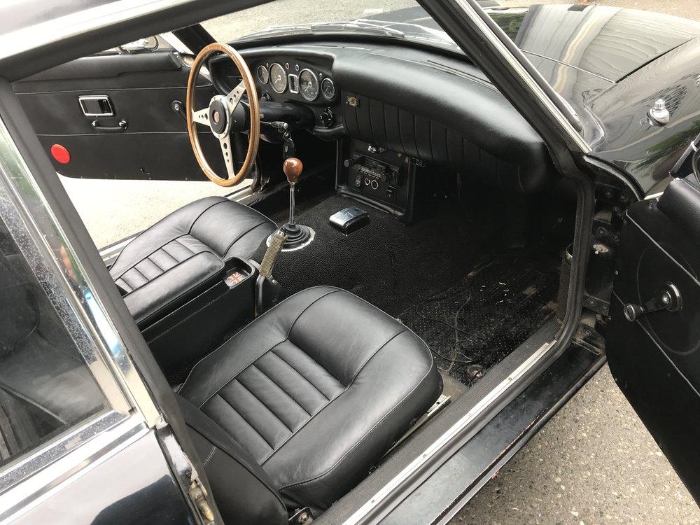 1969 MGB GT (7).JPG