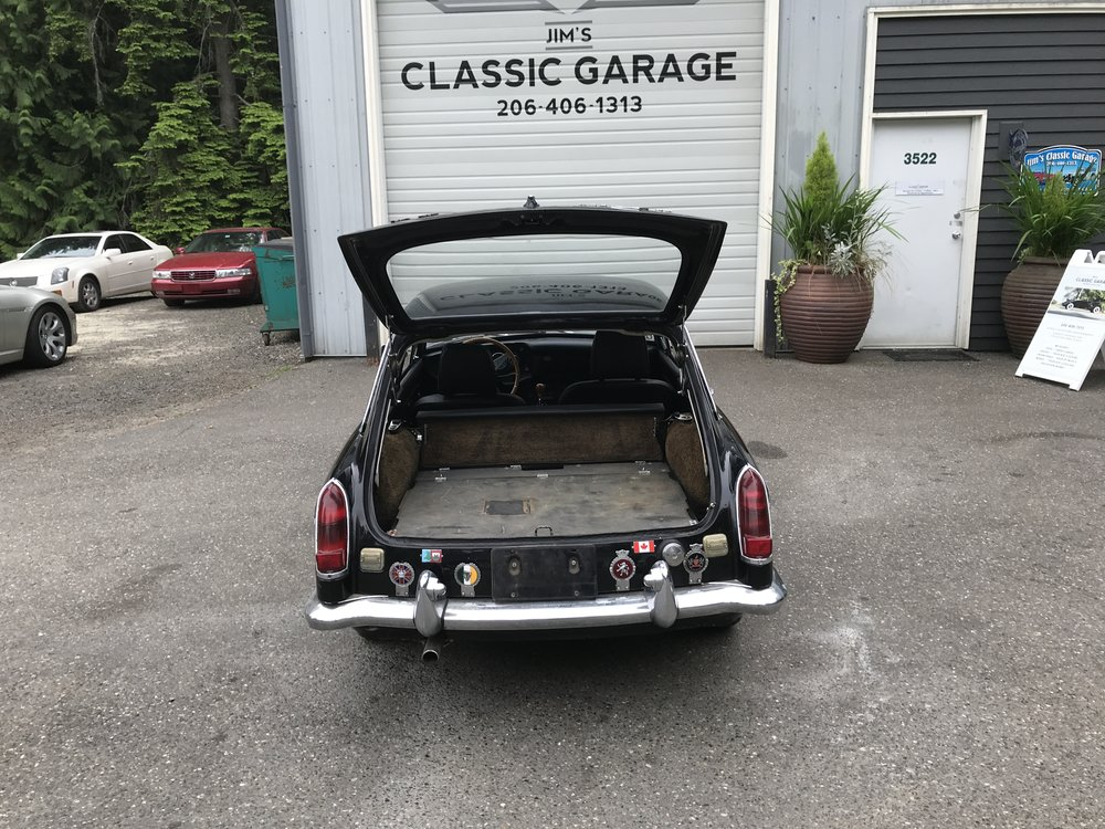 1969 MGB GT (17).JPG
