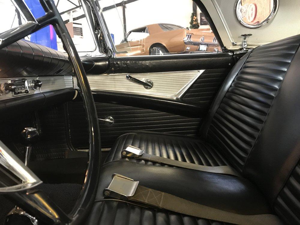 1957 Ford Thunderbird (71).JPG