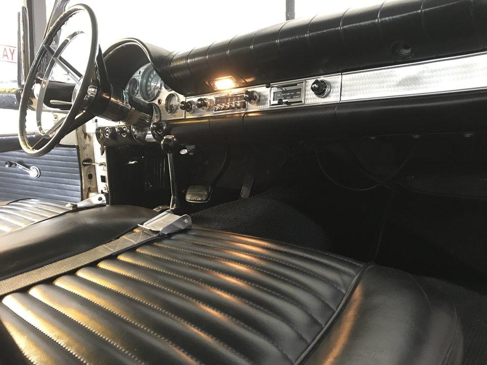 1957 Ford Thunderbird (80).JPG
