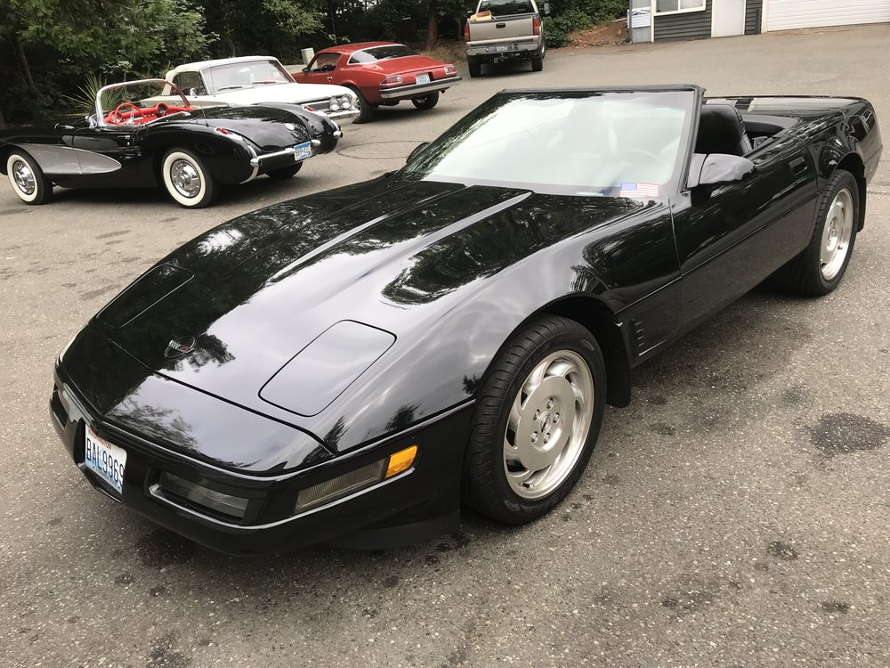 "1996 Chevy Corvette Roadster<div class=""price"">$14,000</div>"