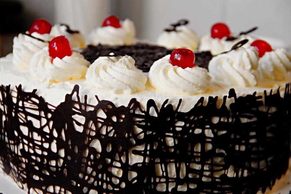 cake-3163117_1920.jpg