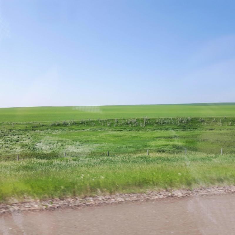 road-trip-marysia-champ-drumheller-road-trip-landscape-inspiration