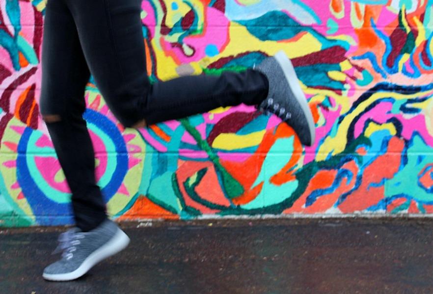 ^straight nailing a jumping photo