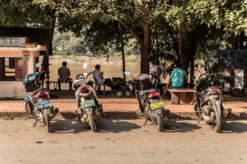 a guide to renting motorbikes in Laos