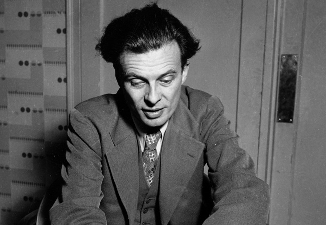 huxley essays Aldous huxley was born july 26, 1894 (its online-aldous huxley) in godalming, surrey, england (aldous (leonard) huxley) huxley was born into a prominent family his grandfather, thomas henry huxley, was a biologist who helped develop the theory of evolution.