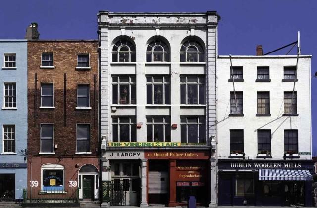new-DAVID_JAZAY_19_Winding-Stair-Bookshop-and-Woollen-Mills-Lower-Ormond-Quay-Dublin-1991-640x420.jpg