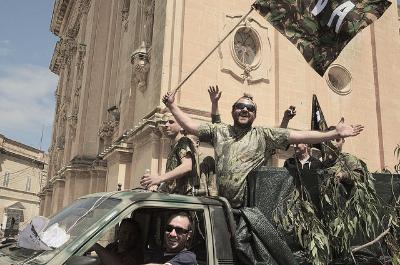 Pro hunting campaigners in Malta