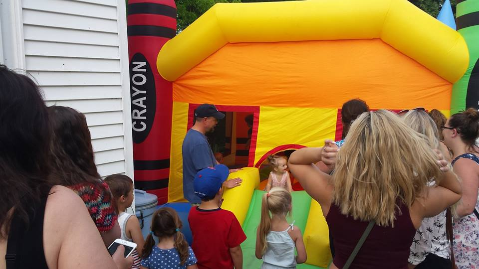 bouncy house 1.jpg